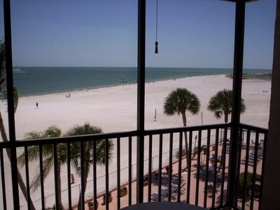 Photo for Fort Myers Beach 2/2 Beach Condo (Southern Fort Myers Beach)