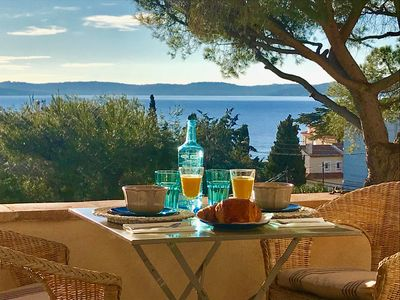 Photo for Sainte Maxime: Luxury apartment in Bastide Provençale Beautiful Sea View