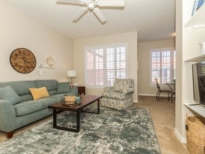 Photo for Perfect location - Beautiful condo with easy access to beach, shopping and RSW