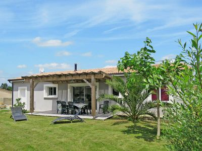Photo for Vacation home Dorgeles  in Soulac - sur - Mer, Aquitaine - 7 persons, 3 bedrooms
