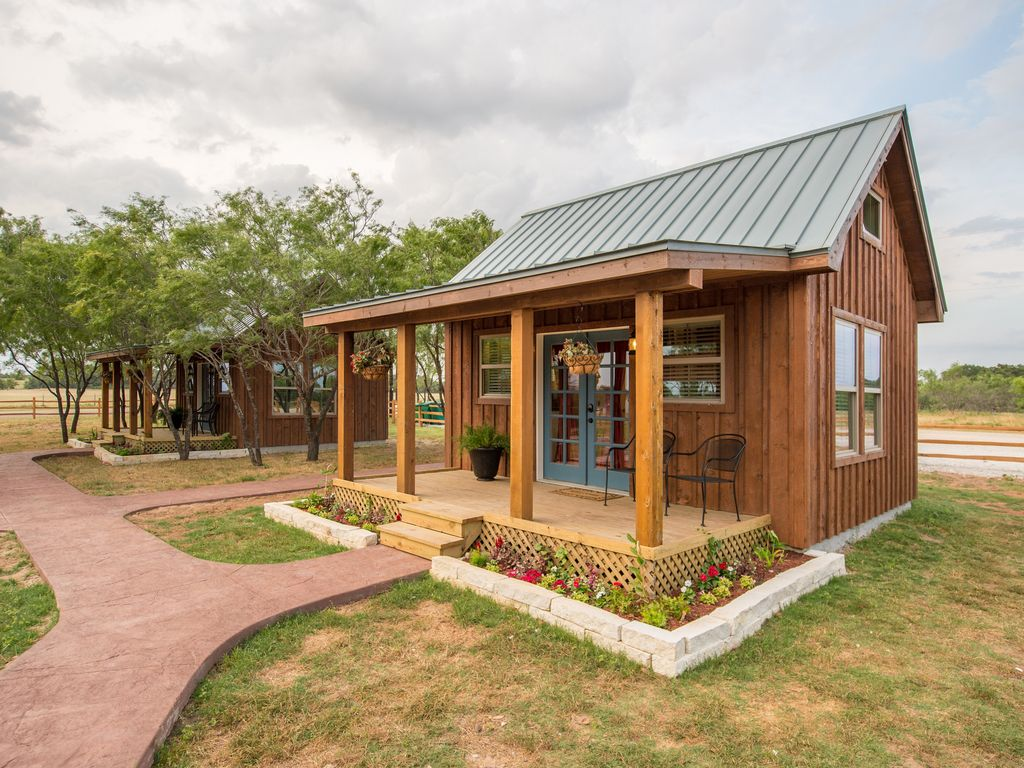 Tiny Home Designs: 10min To Silos At Magn...