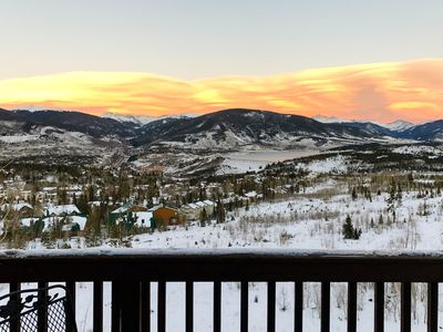 Photo for Enjoy commanding mountain views, shared pool/hot tubs & 2 fireplaces!