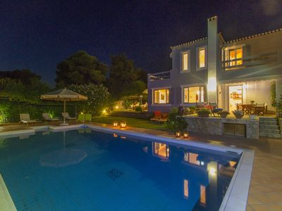 Photo for Exquisite summer family Villa with pool, great views and tennis court!