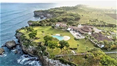 Photo for Oceanfront Caribbean Estate with Ultimate Privacy