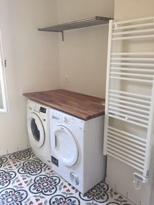 Ensuite bathroom - laundry