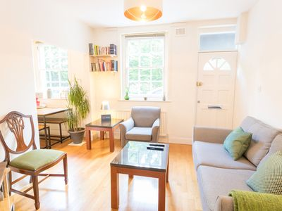 Photo for Amazing 1 Bed House in Elephant and Castle