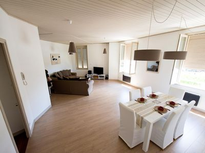 Photo for 97m² apartment - view port and towers garage - wifi-4 pers. 2ch - spacious living room