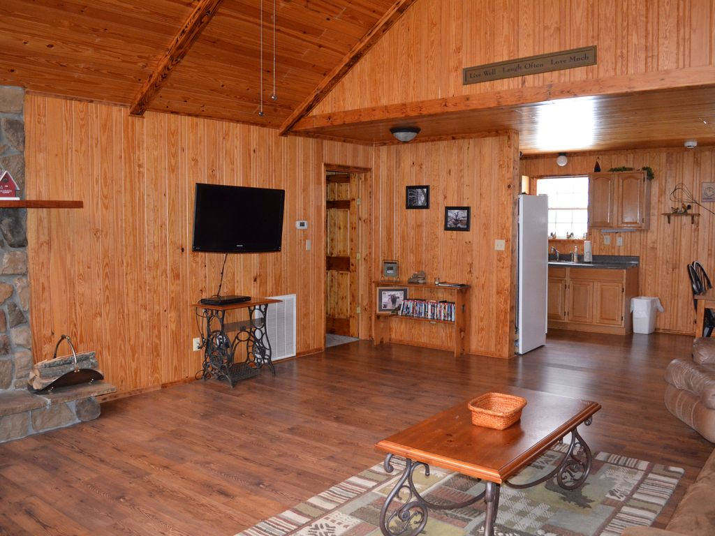 Property Image#4 Cozy Cabin At Little River Canyon