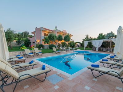 Photo for Villa Elaida! Spacious, ideal for big groups! 50m2 pool! Shops walking distance!