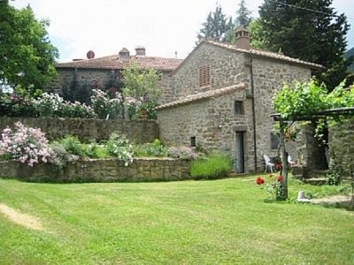 Photo for Cantina Di Bacco: Charming Cottage, Shared Pool And Valley Views near Florence