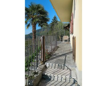 Photo for Lovely apartment for 4 guests with TV, balcony, pets allowed and parking