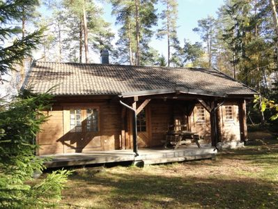 Photo for Cabin for 4 + 2 persons, 80m2 in the woods between 2 lakes