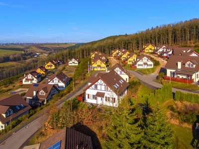 Photo for Holiday park Roompot Eifelpark Kronenburger See, Dahlem  in Eifel - 6 persons, 3 bedrooms