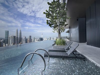 Photo for Kuala Lumpur City Center Suite (Infinity Pool)