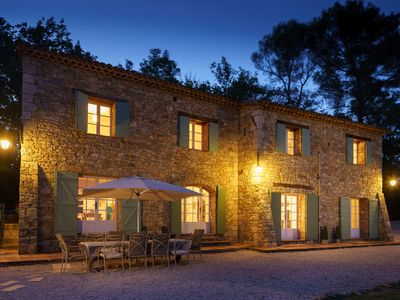 Photo for Luxury family-friendly, 5 bed stone villa with large heated pool in Provence