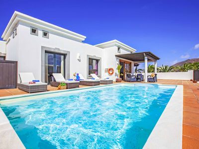 Photo for Villa Mencey - This villa has table tennis, pool table & heated pool