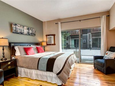 Photo for Downtown Studio! Free Shuttle to Slopes- Hot Tub- Walk to Eateries and Shops