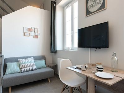 Photo for 1BR Apartment Vacation Rental in Lyon, Auvergne-Rhône-Alpes