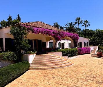 Photo for Large, spacious traditional villa with private pool & tennis court.  Sea View.