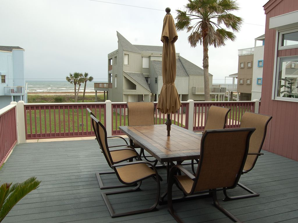 2nd row beach house w elevator 3100 sf sleeps 14 4 for Beach house elevator
