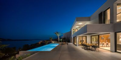 Photo for In Trogir with Internet, Pool, Air conditioning, Lift (747982)