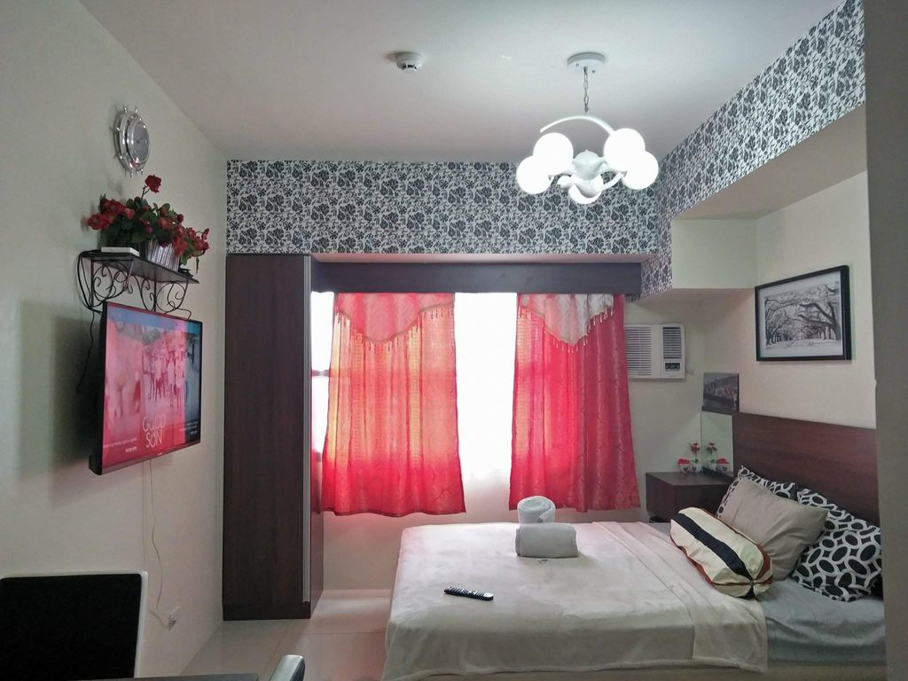 Cozy and elegant studio suites at the heart of the city