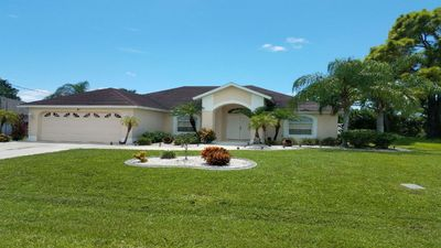 Photo for 4 Bedroom 3 Bath, Large  SW Facing Pool, On Golf Course,  LOOK!!