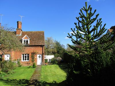 Photo for Cosy county cottage in beautiful Hampshire village of Nether Wallop