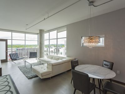 NEW! Modern and Spacious Nashville Executive Corporate Rental (30 days or more)