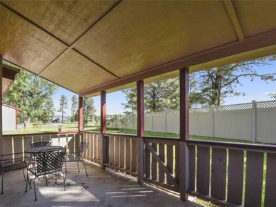 Photo for Nice Condo Across from Tennis Courts w/ Air Conditioning, Patio & More!