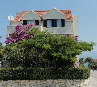 Photo for Three bedroom apartment with terrace Supetar, Brač (A-12893-a)