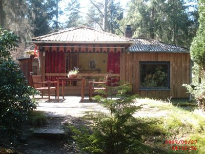 Photo for Cozy vacation home on a forested property by the Lüneburger Heide