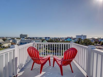 Photo for Beautiful family vacation rental, 2 master suites, accommodates up to 15.