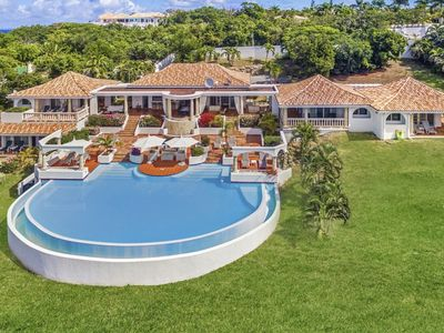 Villa Mariposa -  Ocean View - Located in  Magnificent Terres Basses with Private Pool