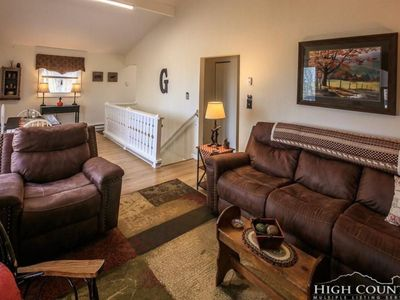 Photo for *** END OF MONTH DISCOUNT 3/2 BEAUTIFUL HOME IN HEART OF BEECH MOUNTAIN, NC***