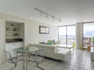 Photo for Lux One Bedroom close to Wynwood