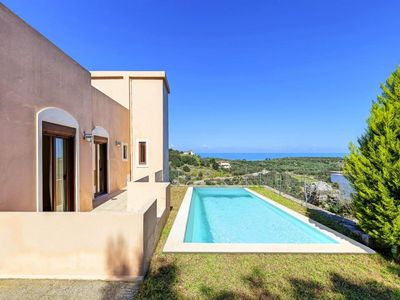 Photo for holiday home, Kournas  in Kreta - 8 persons, 4 bedrooms