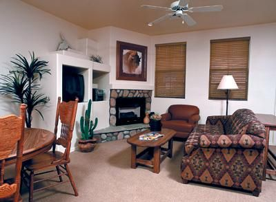 Photo for Family Friendly Condo w/ Full Kitchen, Fireplace, Resort Pool & Hot Tubs