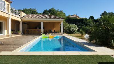 Photo for Beautiful villa in a quiet area with pool