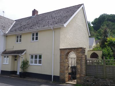 Photo for 4BR Cottage Vacation Rental in Axmouth, England