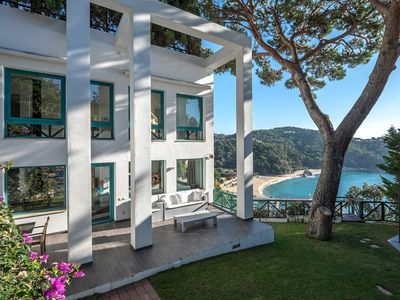 Photo for Precious holiday villa with a gorgeous chill out area with stunning seaviews