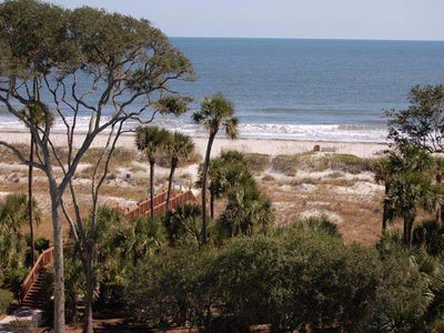 Photo for Tastefully appointed 5th floor Hilton Head Island villa.