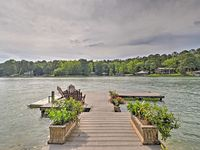 Delightful and welcoming property on Lake Martin.
