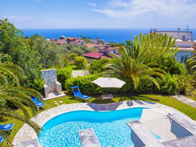 Photo for Villa Claudia with private Pool, Sea View, Jacuzzi, Garden and Parking