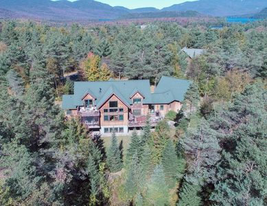 A Step Above the Rest!!  Modern Luxury and Mountain Privacy   minutes from lakes