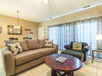 Photo for Pet Friendly Condo, Less Than 75 Yards To Beach, Close to Restaurants and Shops