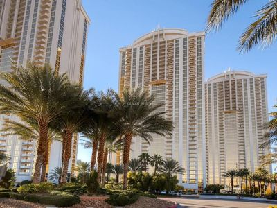 Photo for MGM Signature 1 Bedroom Upper Floor Mountain View by Fallon Luxury Rental