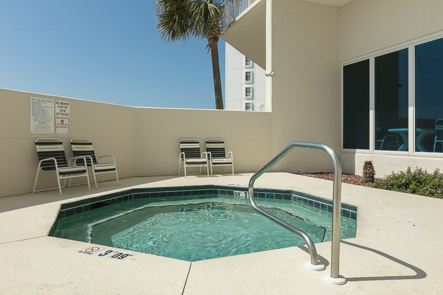 Lighthouse #203: 1 BR / 2 BA condo in Gulf Shores, Sleeps 6