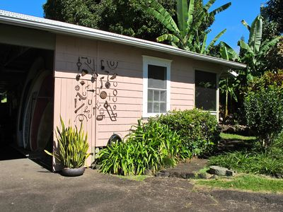 Photo for Delightful Bungalow on Historic Estate Property. Choice Holualoa!