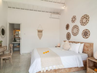 Photo for Canggu centre for surfers only 2 mins to the beach